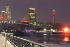 Niagara-Winter-Nachtskyline Lizenzfreie Stockfotos