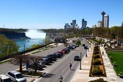 Niagaradalingen aan de Canadese kant Stock Afbeelding