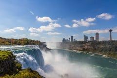 Niagaradalingen in de herfst, de V.S. Stock Afbeeldingen
