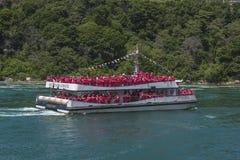 Niagaradalingen Tourboat Royalty-vrije Stock Foto