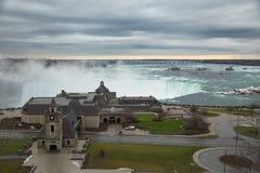 Niagaradalingen van Canada tijdens de winter Royalty-vrije Stock Fotografie