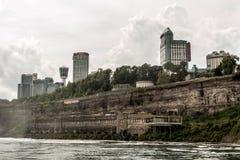 NIAGRA安大略加拿大06 09 2017年尼亚加拉显示各种各样的旅馆和高楼的市地平线 库存照片