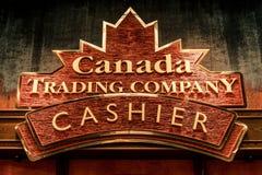 NIAGRA,安大略加拿大06 09 2017一家加拿大纪念品店加拿大出纳员贸易公司的商标 库存照片