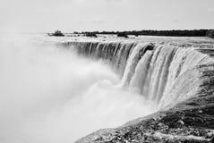 Niagra Falls-överkant av nedgångarna Royaltyfri Foto