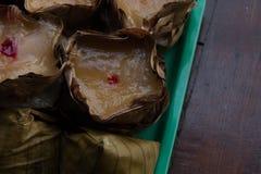 Nian gao ou bolo de arroz chinês para a celebração imagem de stock