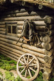 ônibus de madeira velho foto de stock