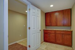 Nice basement interior with wet bar Stock Photography