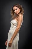 Nice berlockkvinna som poserar i underkläder royaltyfria foton