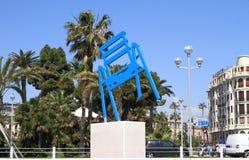 Nice, Frankrijk: De Blauwe Stoel van Sabine Geraudie ` s in Promenade des Anglais Royalty-vrije Stock Fotografie