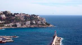 Nice, Frankrijk, Maart 2019 Haven van de Franse stad van Nice De priv? jachten en de boten worden geparkeerd dichtbij de kust royalty-vrije stock foto