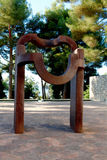 Nice, Frankrijk - Oktober 22, 2011 Stichting Maeght Eduardo Chillida Sculpturs in openluchttuin Royalty-vrije Stock Afbeelding
