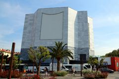 Nice Frankrike - Juni 12, 2014: Museum av modernt och samtida konst i Nice royaltyfria bilder