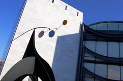 Nice Frankrike - Oktober 17, 2011: Arkitektonisk detalj av museet av samtida konst Arkivbilder