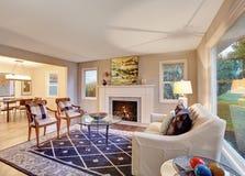Nice harwood living room with decor. Royalty Free Stock Photos