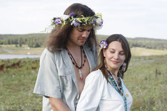 Nice hippie couple embrace Royalty Free Stock Photos