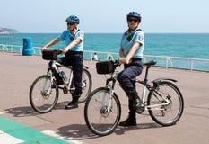 Nice - kvinnapoliser Royaltyfri Bild