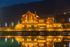 Nice modern house near lake Royalty Free Stock Photography