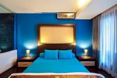 Nice och kallt sovrum Arkivbild