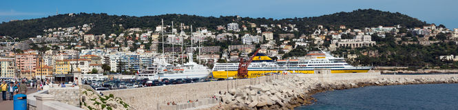 Nice - Panorama van Haven DE Nice royalty-vrije stock foto