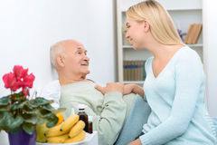 Nice positive talk of two relatives in the ward Stock Photography