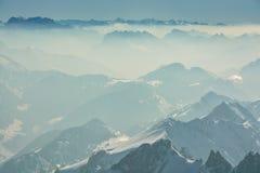Nice sikter på schweiziska fjällängar från Santis Arkivbilder