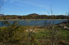 Nice Sunny Day To Enjoy From de Kust van het Pajero-Reservoir 14 november, 2015 Aard, Reis, Landschappen Pajarero stock foto