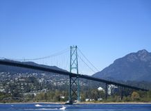 Nice view of the Lionsgate bridge from Stanley Park beach, Vancouver. Stock Photos