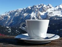 Nice warm cup of cappuccino Royalty Free Stock Photography