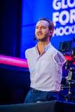 Nicholas James Vujicic habla en el foro global 2017 de la sinergia Imagenes de archivo