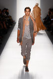 Nicholas K - Semaine de mode de New York photographie stock libre de droits