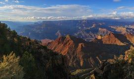 Nicht angepasste Ansicht von Grand Canyon von der Südkante, Arizona, US Lizenzfreie Stockfotografie