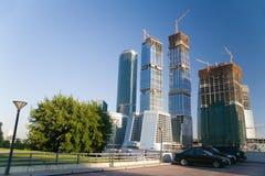 Nicht-Fertiges modernes Gebäude Stockbild