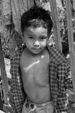 Nicht identifizierte Straßenkinderaufstellung Lizenzfreies Stockfoto