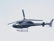 Nicht identifizierter Fotograf, der Fotos vom Hubschrauber während US Open-Endspiels 2013 zwischen Rafael Nadal und Novak Djokovic Stockfotos