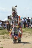 Nicht identifizierter junger Tänzer des amerikanischen Ureinwohners am NYC-Kriegsgefangen wow in Brooklyn Lizenzfreie Stockfotografie