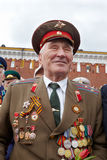 Nicht identifizierter lächelnder Weltkriegveteran Lizenzfreie Stockbilder