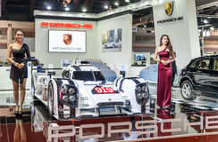 Nicht identifiziertes Modell mit Porsche DMG MORI Lizenzfreies Stockbild