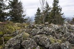 Nicht möglich, diese Felsen zu kreuzen stockfotografie