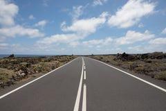 Nichts falsch mit den Straßen auf Lanzarote Stockfotografie