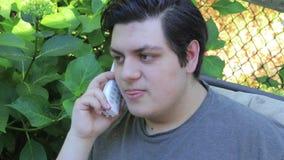 Nicka på telefonen