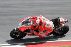 Nicky Hayden av det Ducati Marlboro laget Arkivfoton