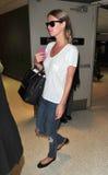 Nicky Hilton am LOCKEREN Flughafen Stockfotografie