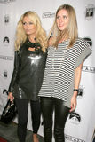Nicky Hilton, Paris Hilton Imagem de Stock Royalty Free