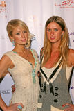 Nicky Hilton Paris Hilton Royaltyfria Bilder