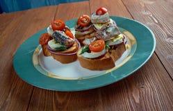 Nicoise rostat bröd Arkivfoto