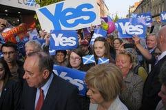 Nicola Sturgeon y Alex Salmond Imagen de archivo