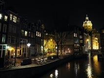 Nicolaaskerk Amsterdam por noche fotografía de archivo