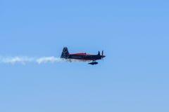 Nicolas Ivanoff von Frankreich führt während Red Bull-Wettfliegen durch Lizenzfreie Stockfotos