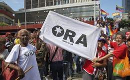 Nicolas Maduro die als Kandidaat voor Presidentsverkiezing in Venezuela registreren stock foto's