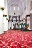 Nicosia, Cyprus - 4 Oct 2018: Prachtig verfraaid binnenland van moslimselimiye-Moskee in Cypriotisch Nicosia Witte muren, kolomme stock foto